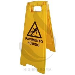 SINAL DE PAVIMENTO HÚMIDO